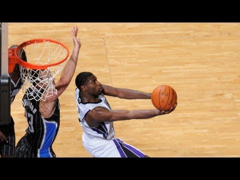 Top 10 Circus Shots of the 2011-2012 NBA Season