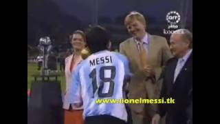 getlinkyoutube.com-Messi vs nigeria U-20