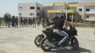 Javed Gauri Saharanpur || Amazing worlds bestbike stuntmust watch || Amazing Video 2017