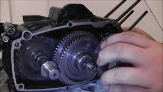 getlinkyoutube.com-Tomos Engine Open Up / Tomos motor openen - A52 Crankcase/Carter