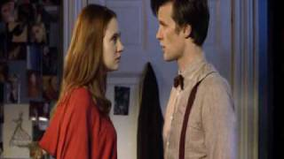 Doctor Who: The Doctor and Amy kiss