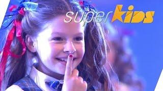 getlinkyoutube.com-6yr olds do incredibly cool streetdance | Preskool from Wales | Superkids