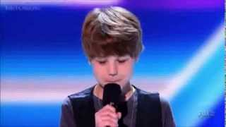 getlinkyoutube.com-Baby Justin Bieber First Concert X Factor USA (Video_EditionLimited)