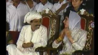 getlinkyoutube.com-Benazir Bhutto and Asif Zardari Wedding Highlights