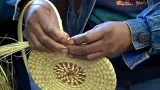 getlinkyoutube.com-Sweet Grass baskets from South Carolina