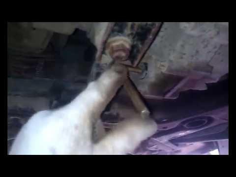 Замена масла в коробке робот Митсубиси Кольт z34.