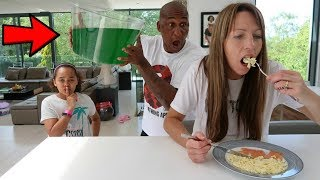 SLIME PRANK ON MY MOM!! (WITH DADDY:)