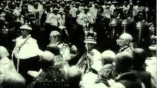 getlinkyoutube.com-King George VI posing in Coronation robes with Queen Elizabeth