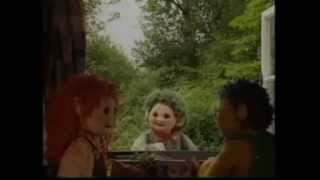 Tots TV - 'Sing Us Your Song At The Window'