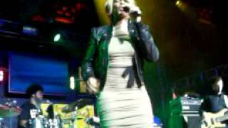 Mary J. Blige Performing