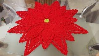 getlinkyoutube.com-#1🎄Flor de nochebuena para camino o centro de mesa en crochet