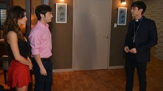 getlinkyoutube.com-Tomás irrumpe en medio de la cita de Máximo y Esperanza