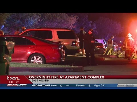 Cigarette sparks overnight apartment fire in southeast Austin