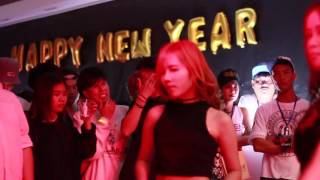 getlinkyoutube.com-Girlish cover SNSD Fancam sunny (Taeyeon Girls9) - Mr. Mr. & you think