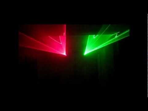 DJ LASE 40-G MK-III DMX und STAIRVILLE DJ LASE 150-R MK-III DMX IR (Evox - The Robots dance again)