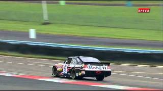 getlinkyoutube.com-Lewis Hamilton & Tony Stewart - Seat Swap Special F1 & NASCAR at Watkins Glen [Full Footage]