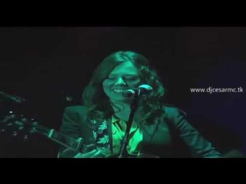 Corre Jesse & Joy Video Official HD en Vivo 2011 Primera Llamada