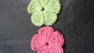 Como tejer flores de 5 petalos a crochet muy facil!//How to make flowers of 5 petals woven easy!