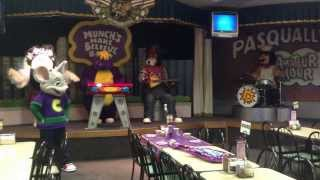 getlinkyoutube.com-Chuck E. Cheese's Rockstar Birthday Show - Wichita Falls, TX