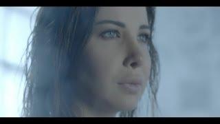 getlinkyoutube.com-Nancy Ajram - Moush Far'a Ktir Official Video مش فارقة كتير