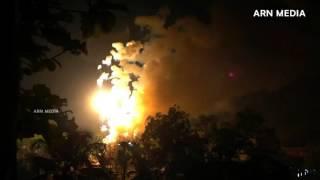getlinkyoutube.com-Uthralikavu Pooram Sample Fireworks 2016 Vedikettu Full HD ഉത്രാളിക്കാവ് സാമ്പിൾ വെടിക്കെട്ട്