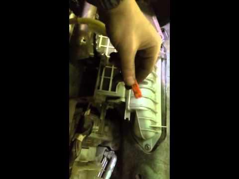 Тойота раум ремонт печки