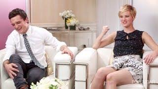 getlinkyoutube.com-Hilarious Jennifer Lawrence & Josh Hutcherson Interview 2013