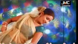 getlinkyoutube.com-Ae Pandey Ji Kahe Aankh Raua Maratani  Latest Bhojpuri Song 2014    YouTubevia torchbrowser com