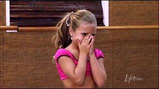 getlinkyoutube.com-Dance Moms: Mackenzie Has a Meltdown (S1, E12)