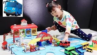 getlinkyoutube.com-Tayo the Little Bus Garage Station Toys Playset тайо маленький автобус Игрушки 꼬마버스 타요의 중앙차고지 도로놀이