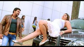 getlinkyoutube.com-Showroom Se Aail Badu Naya Tu Nikal Ke - FULL SONG | PAWAN SINGH,ANARA GUPTA | BHOJPURI HOT SONG