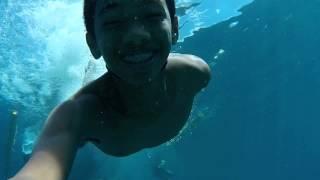 getlinkyoutube.com-HTC Re Camera Underwater video sample