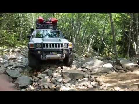 Hummer H3 on Surprise Lake Trail