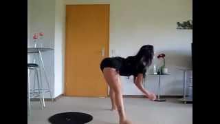 getlinkyoutube.com-Lección de baile con la cintura