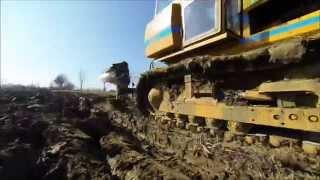 getlinkyoutube.com-2014 03 09 - Track Marshall 155 Crawler Ploughing with a Dowdeswell Plough