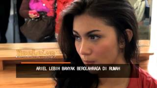 getlinkyoutube.com-Ariel Tatum Rajin Berolahraga di Rumah