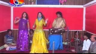 getlinkyoutube.com-Bhojpuri Hot Muqabla 1.DAT
