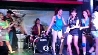 getlinkyoutube.com-Mocha Girls - New Twerk Contest