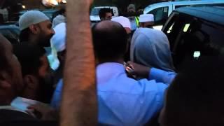 Maulana Tariq Jameel   Leaving Central Birmingham