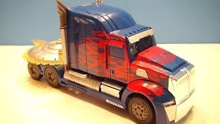 getlinkyoutube.com-TRANSFORMERS 4 AGE OF EXTINCTION OPTIMUS PRIME FIRST EDITION VIDEO TOY REVIEW