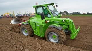 Ploegen / Pflügen / Ploughing with a Merlo Multifarmer 30.9 Top2 + Steeno 4 furrow