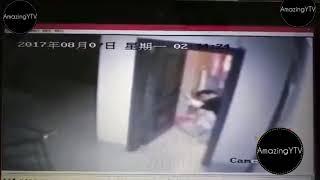 Is Larki Ke Sath Ki Rape Ki Koshish   Cctv Footage Me Kaid Hui Puri Kahani