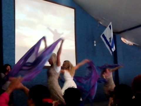Bailarinas mucica cristiana