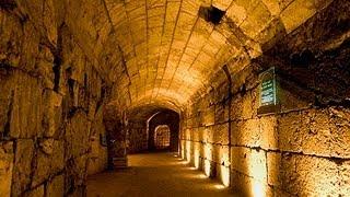 getlinkyoutube.com-In the Footsteps of Jesus - The Western Wall Tunnels in Jerusalem