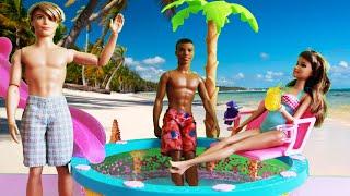 getlinkyoutube.com-Conhecendo a Piscina da Barbie em Portugues - Barbie Glam Pool