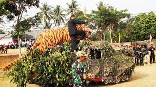 getlinkyoutube.com-arak-arakan memeron menyambut HUT RI ke 70 di Desa Cisontrol - Rancah
