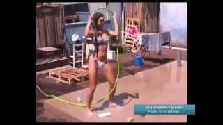 getlinkyoutube.com-O Duche mais Criativo de Kelly Baron Big Brother Vip 2013