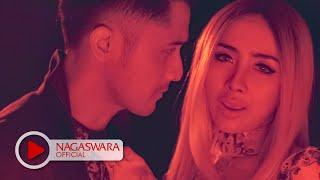 Ucie Sucita & Hengky K - Kalau Bulan Bisa Ngomong (Official Music Video NAGASWARA) #music