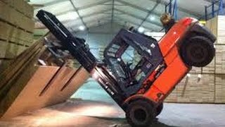 getlinkyoutube.com-INSANELY FUNNY forklift fail complition!