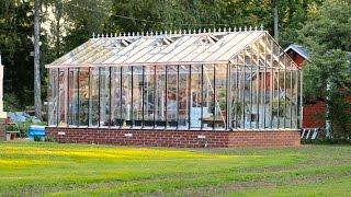 getlinkyoutube.com-Building our greenhouse 2016